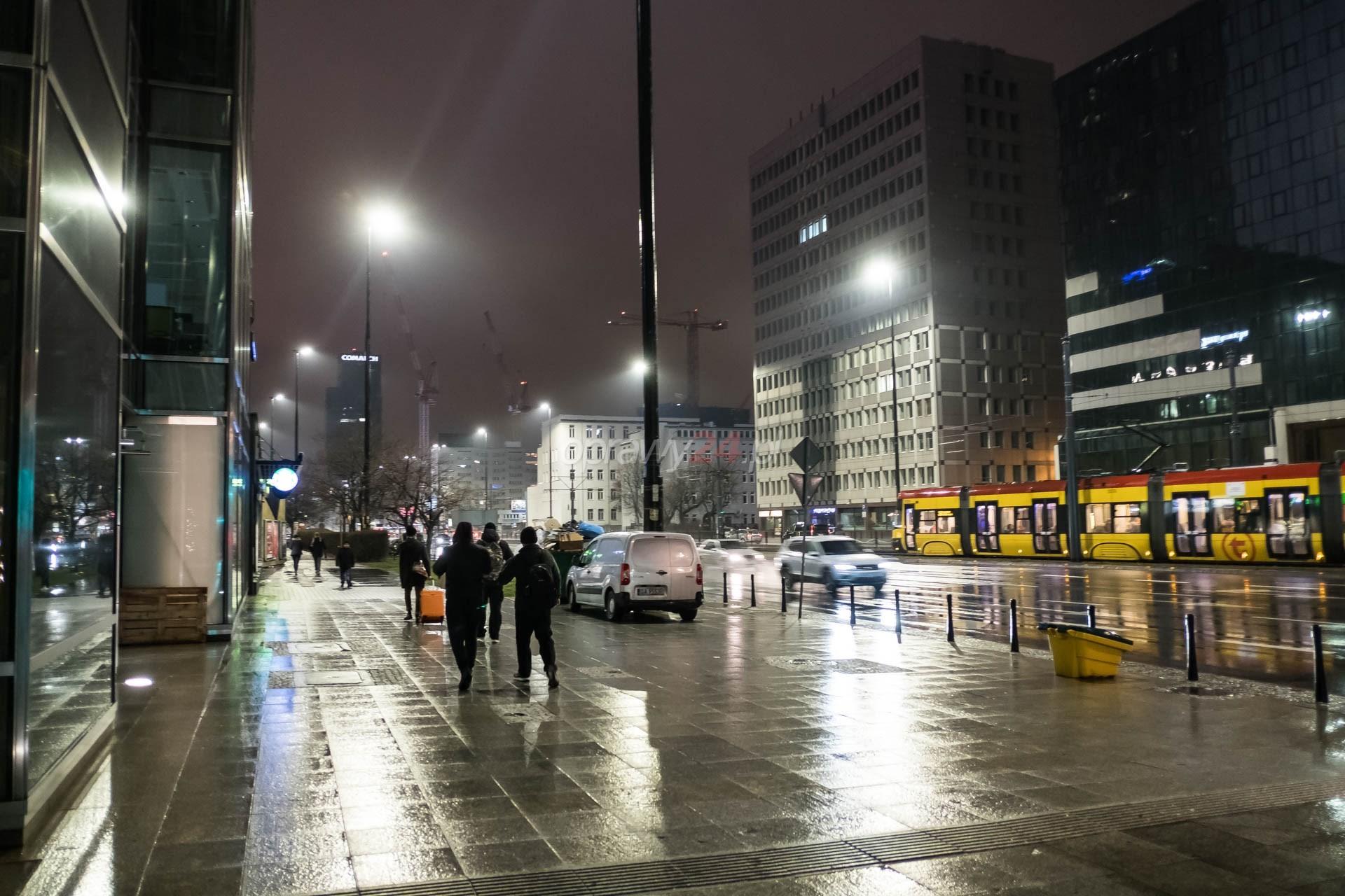 Oświetlenie LED na alei Jana Pawła II