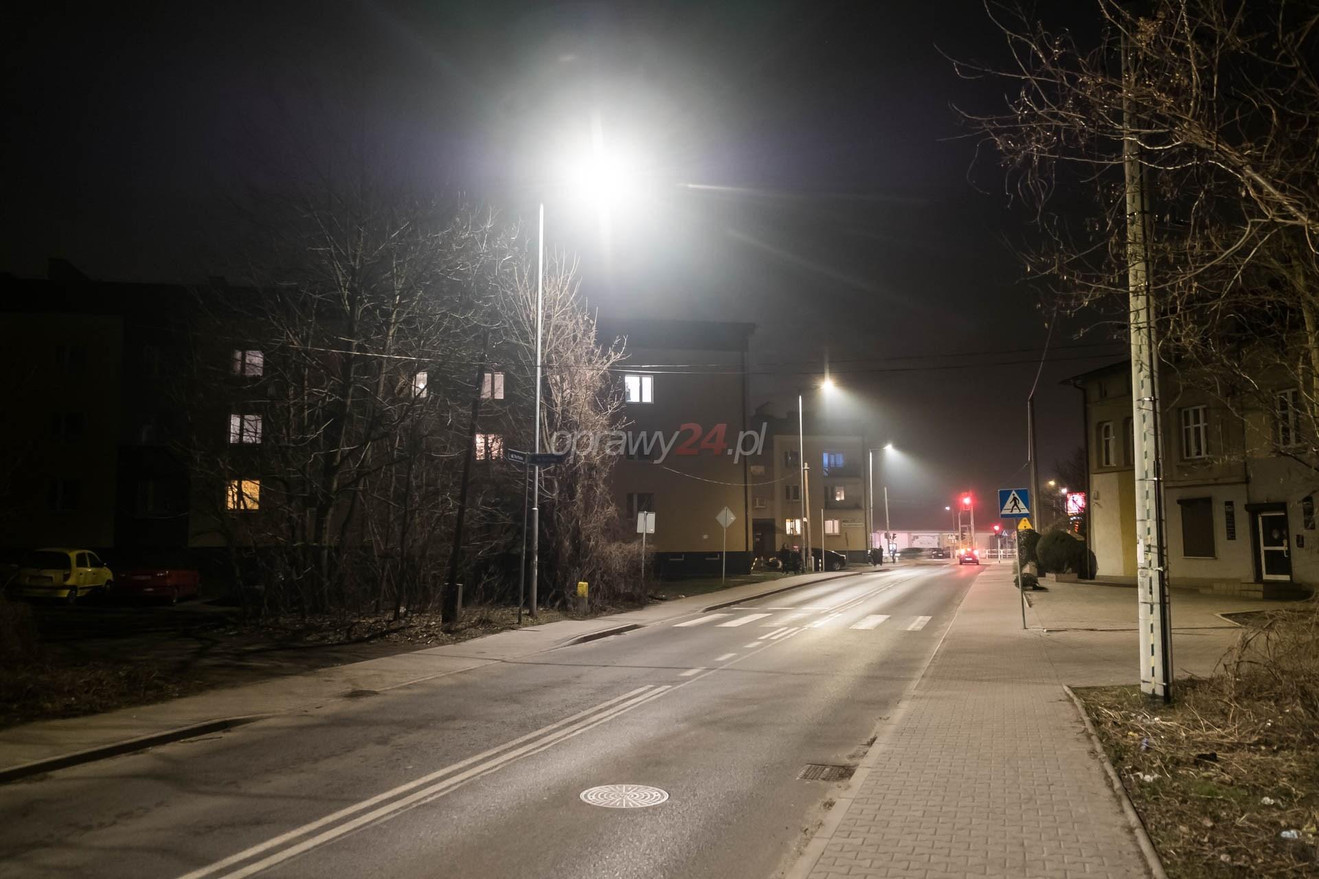 Nowe oświetlenie ulicy Na Piaski