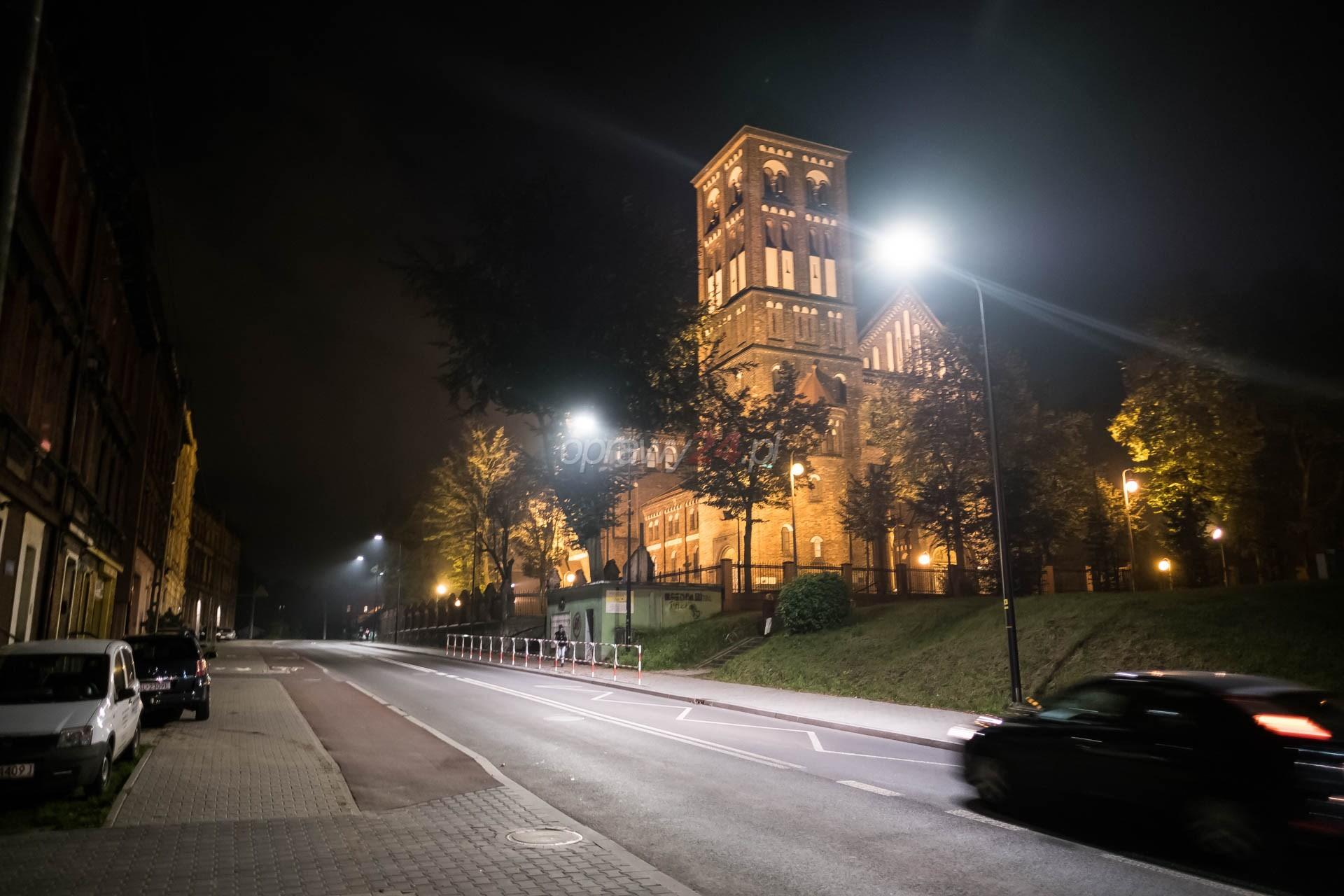 Jaśniej na Piastowskiej